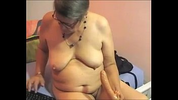 hairy bbw granny plays on cam-.
