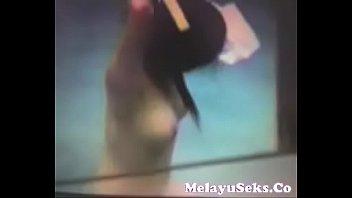 video lucah skodeng jiran mandi melayu.