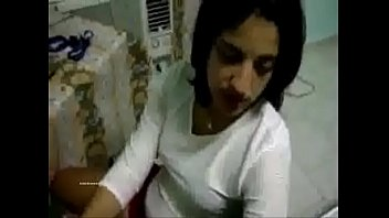 arab young cutie homemade fuck (new)