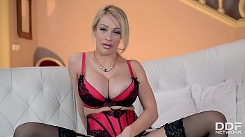 dirty talk &amp_ big tits with chessie kay.
