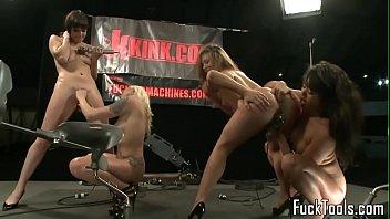 machine lezzies seducing pussies in fourway